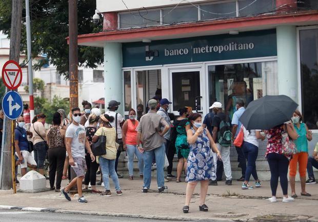El euro, principal candidato a ocupar el trono del dólar en Cuba