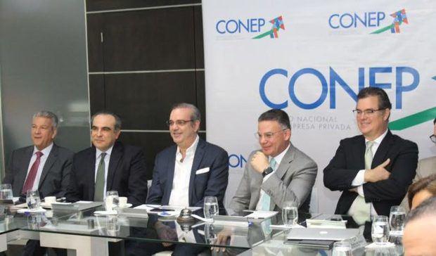 Abinader expresa satisfacción por interés que muestra CONEP en agenda del desarrollo social