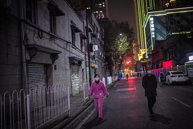 China afirma tener menos de 1,300 contagiados