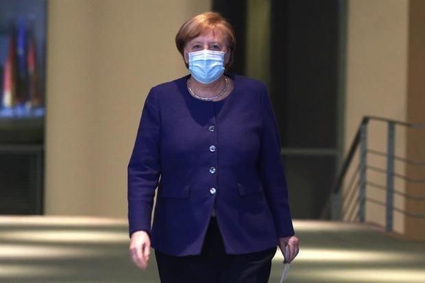 Alemania planea reabrir pese a la falta de avances en incidencia y vacunas