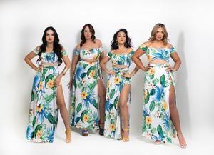 Fotografía cedida por Eduardo Pérez donde aparecen las cantantes Lillian Aponte (i), Luz Mary Parra (2d) y Niko Camilo (d) mientras posan con la directora musical Nicole Yomara Santiago.