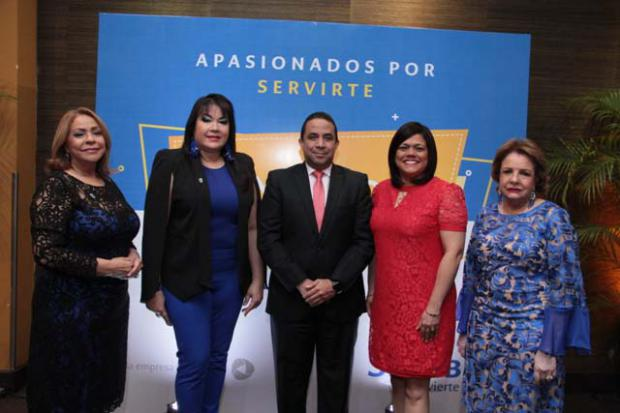 Presentan directorio empresarial de la Federación de Mujeres Empresarias