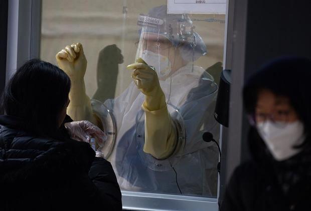 66,2 millones de casos globales de Covid, con repunte de contagios y muertes