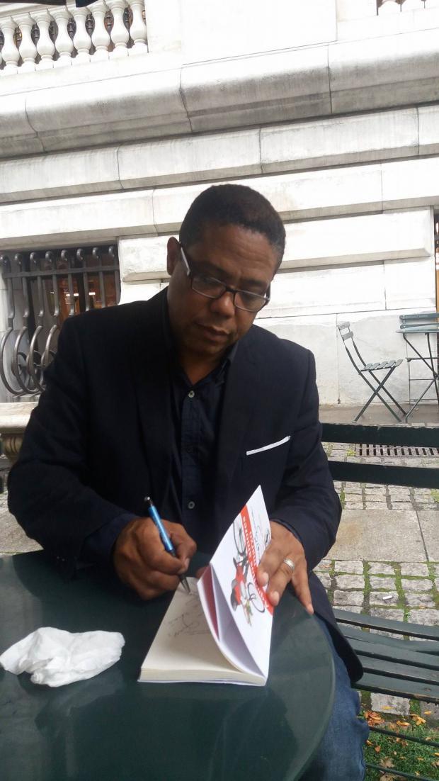 Escritor dominicano presenta libro en Estados Unidos