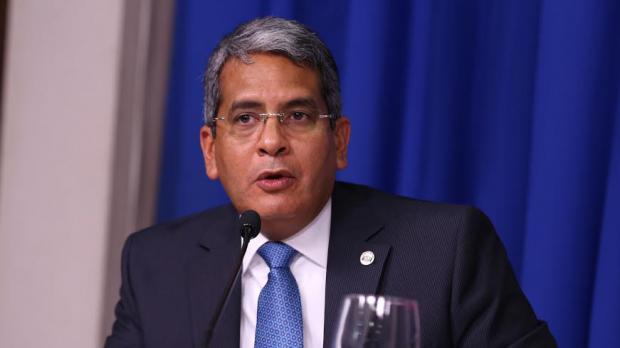 Tesorero Nacional de la República Dominicana, Alberto Perdomo Piña, fuente externa