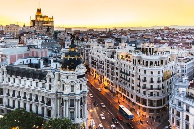 Un nuevo permiso para viajar a Europa afecta a 15 países de América Latina
