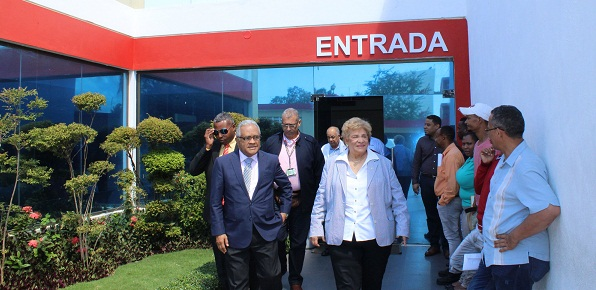 Ministro de Salud Pública, Rafael Sánchez, visita la Cruz Roja Dominicana