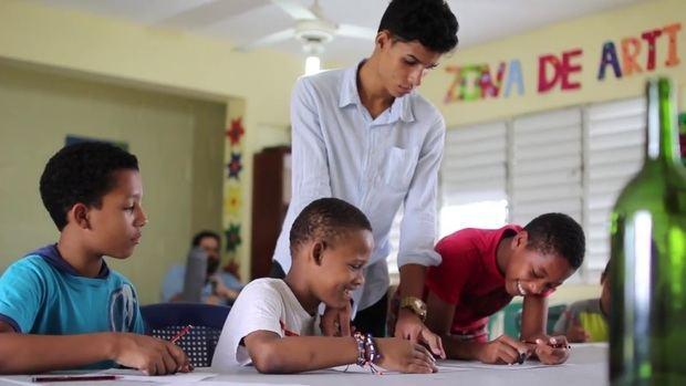Fundación Abriendo Camino se apoya del teletrabajo para continuar su labor en Villas Agrícolas