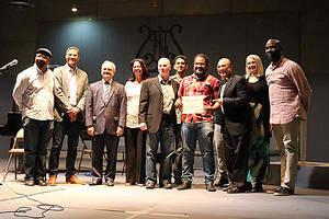 El ganador de la beca Michel Camilo Scholarship Competition fue el joven Diego Rafael Ureña. La beca incluye cuatro años de colegiatura en Boston, que incluye alimentos y estadía -