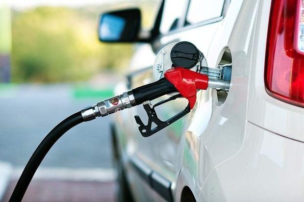 Bajan de precios todos los combustibles.