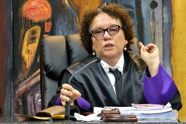 Abinader designa a Miriam Germán Brito procuradora general de la República