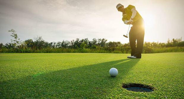 La selección de golf de la República Dominicana podrá por primera vez exhibirse en los primero Juegos Panamericanos de Lima, Perú.
