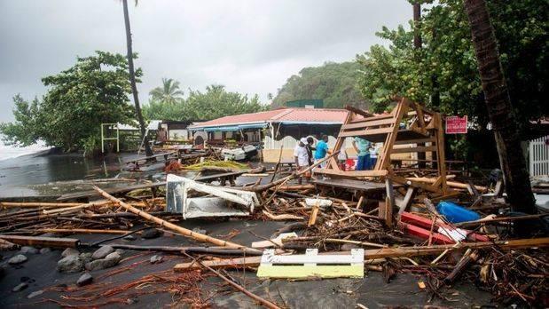 Llega con cuentagotas la ayuda en P.Rico, sin electricidad tras María