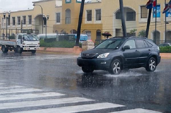 Vaguada continuará generando aguaceros y tronadas en varias regiones del país