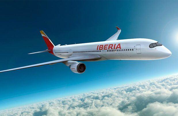 Iberia es una aerolínea española, fundada en 1927 con el nombre de Iberia, Compañía Aérea de Transporte. Su denominación social actual es Iberia Líneas Aéreas de España, S. A. Operadora Unipersonal.