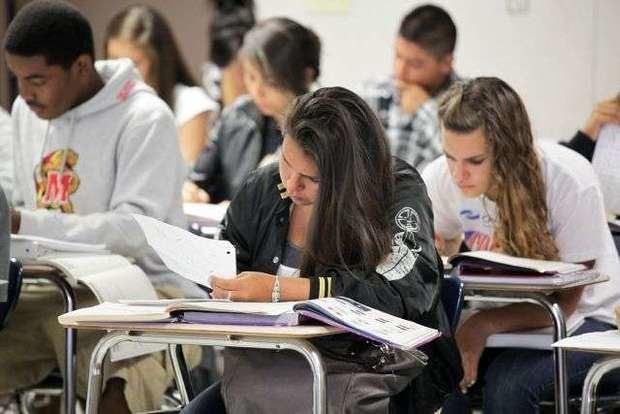 Fundación Ismael Cala y Westfield Business School ofrecen diez becas a jóvenes en Florida