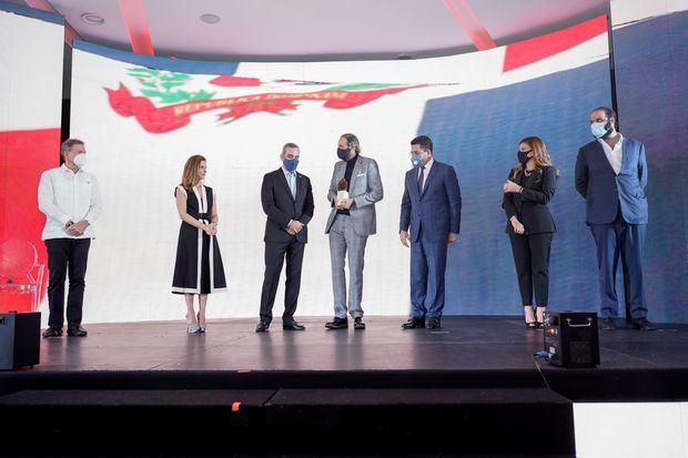 Turismo y sector privado lanzan campaña con Juan Luis Guerra