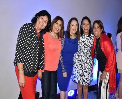 AFP Popular auspicia una presentación para agasajar a mujeres destacadas