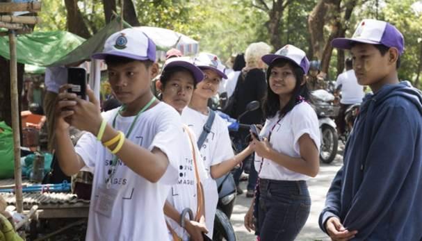 Empresa Samsung promueve una ciudad fotografiada por niños sordos