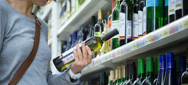 Hasta el envasado de vino y cerveza contribuye al cambio climático