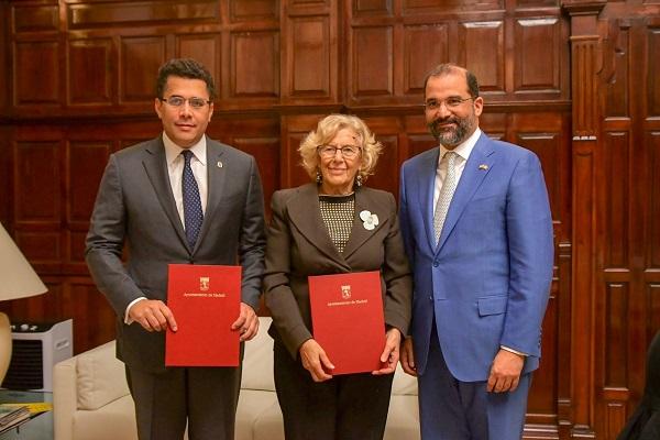 Alcaldes de Madrid y Santo Domingo firman acuerdo de colaboración
