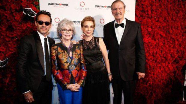 Reconoce Fundación Marc Anthony a Vicente Fox