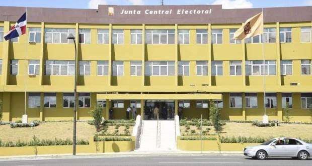 Pleno JCE aprueba redistribución de diputados por provincia