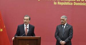 Cancilleres de China y República Dominicana