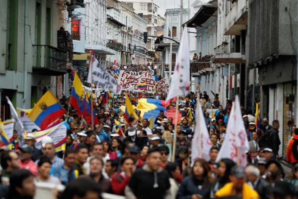 El movimiento de Correa vuelve a las calles para criticar al Gobierno en Ecuador