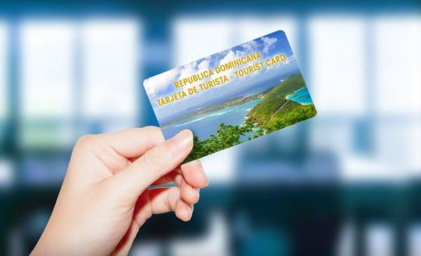 RD percibe más de RD$1,200 millones por tarjeta de turista hasta julio del 2018