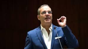 Candidato Luis Abinader propone garantizar a eventuales desempleados 10,000 pesos por un mes.
