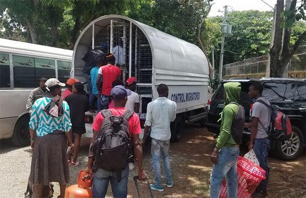 Migración deporta 1,774 indocumentados durante primera quincena de septiembre