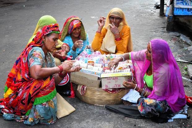 El término indio, no hindú, es el gentilicio recomendado para aludir a los naturales de la India o a lo referente a ese país asiático.