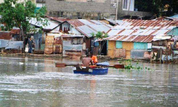 Más de 19,000 evacuados en el país por efectos del huracán Irma