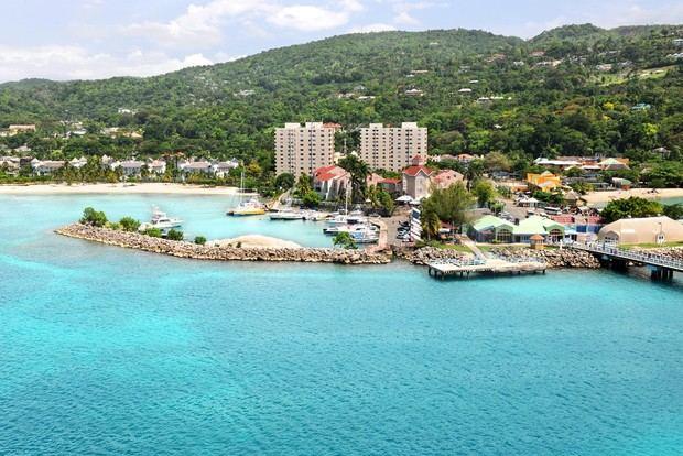 Celebridades invitan a relajarse y disfrutar Jamaica