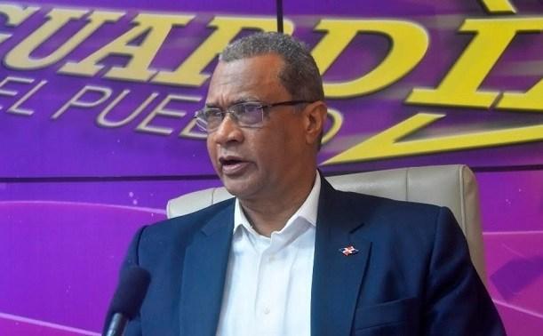 Renuncia embajador dominicano en Cuba en plena crisis del partido oficialista