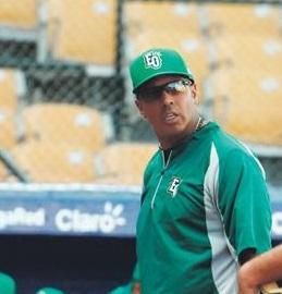 Las Estrellas Orientales mantienen al técnico venezolano José Alguacil.