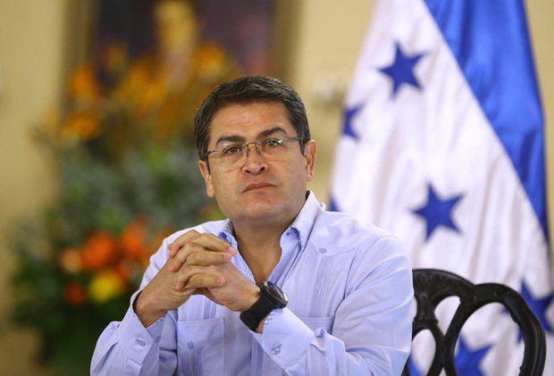 El político Salvador Nasralla sostiene que él ganó los comicios presidenciales