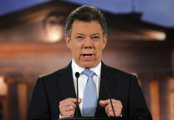"""Santos dice que acuerdo con FARC permitió cerrar """"fábrica de víctimas"""""""