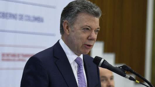 Santos asegura tras recibir a Duque que no interferirá en su Gobierno