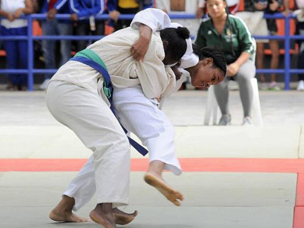 Segunda jornada del torneo de judo que se celebra en el Multiuso de Bayaguana como parte de los IX Juegos Escolares Deportivos Nacionales Monte Plata 2019.