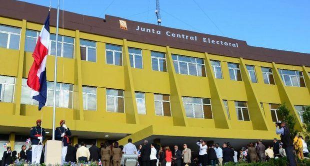 JCE extiende plazo para presentación de propuestas candidaturas municipales