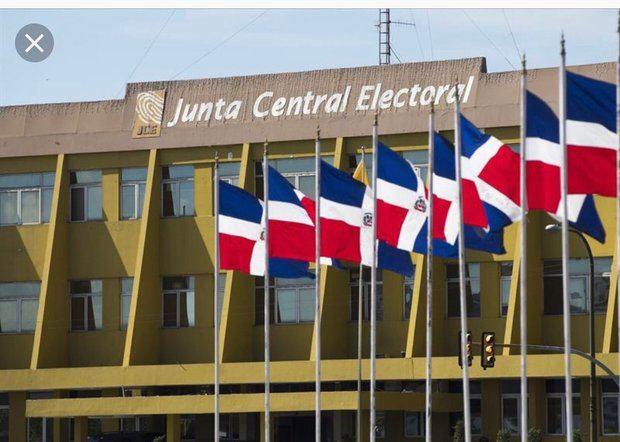 JCE rendirá el miércoles informe sobre investigación uso de fondos en EE.UU.