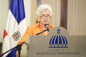 Rueda de prensa de la directora de Ética e Integridad Gubernamental, Milagros Ortíz Bosch y el director de Compras y Contrataciones Públicas, Carlos Pimentel.