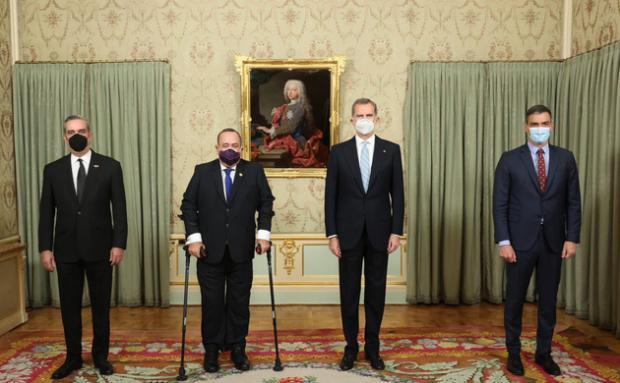 Felipe VI ofreció una cena en honor de los presidentes Alejandro Giammattei Falla y de la República Dominicana, Luis Rodolfo Abinader Corona.
