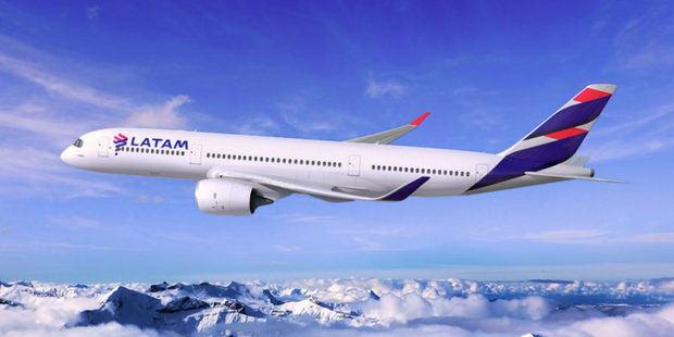 Avión Latam airlines.