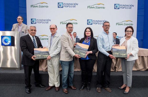 """Fundación Popular presenta a la comunidad serrana el libro """"La Sierra"""""""