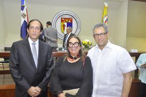 Gustavo Montalvo, Mildred Guzmán Madera y Felucho Jiménez.