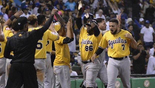 Abinader felicita a las Águilas por su triunfo en el beísbol dominicano.