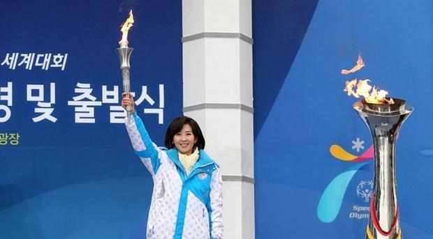 La antorcha de los Juegos Olímpicos de PyeongChang llega a Seúl